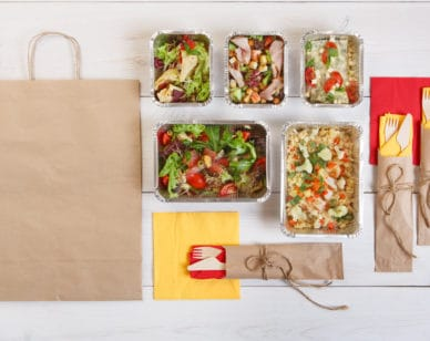A new food delivery app changes the standard model in order to reduce food waste and increase food access.