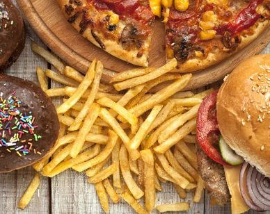 Australian Food Industry Hasn't Reduced Junk Food Advertising to Children