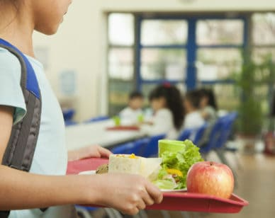 Impact of a Sociable School Meal