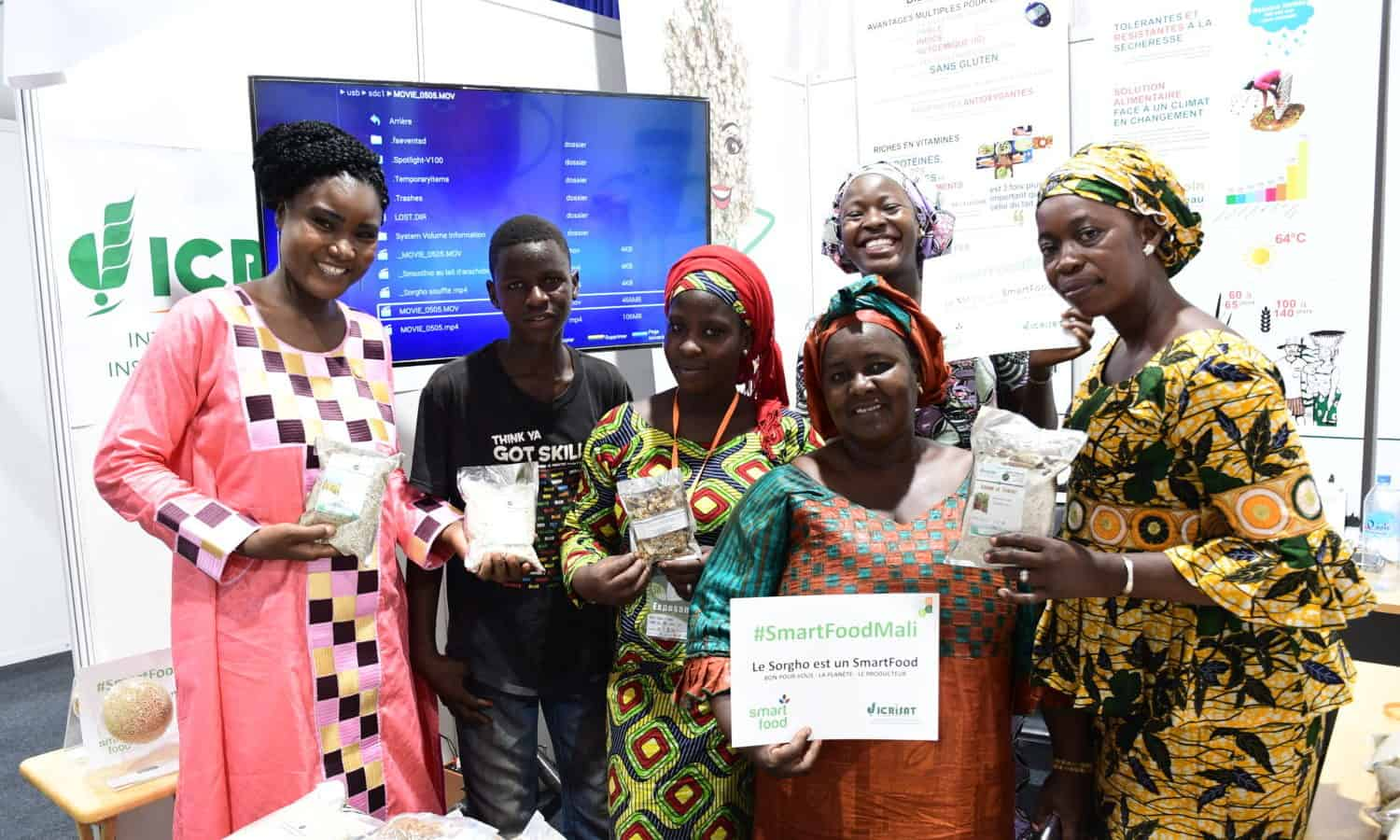 The Paris-based Senegalese chef, culinary blogger, Aissatou M'Baye, became a Smart Food Ambassador, using social media as a tool to expand awareness of healthy Smart Food recipes.