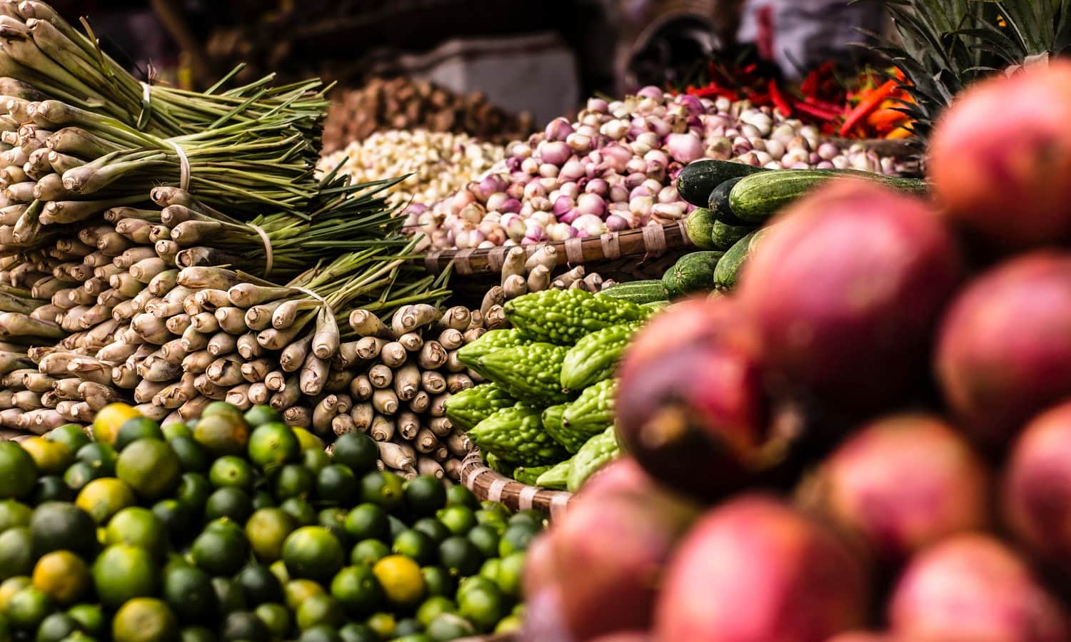 Only 4 percent of India's perishable crops move through cold-chains, a big reason why food losses and malnourishment are still pervasive in the world's second most populous country. A new report critiques the country' ambitious food cooling strategy, saying it is shortchanging small rural farmers and is overly reliant on old technologies that are energy inefficient and high polluting.