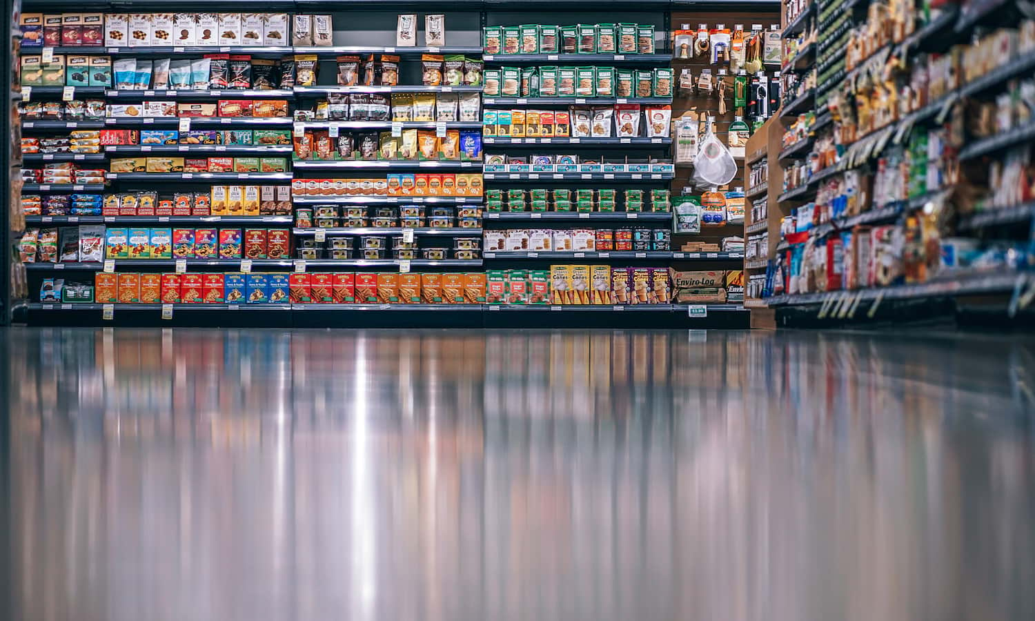 As society comes to terms with its plastics problem, companies and individuals are finding alternative ways to package their food.