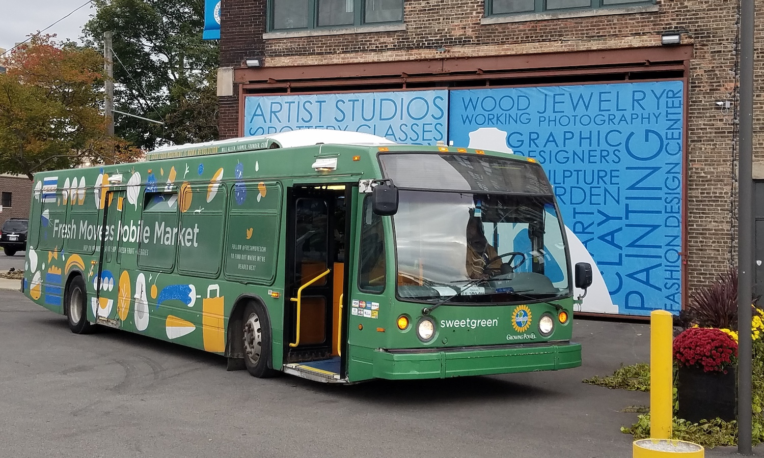 A Chicago nonprofit sells fresh fruits and vegetables from renovated buses to counteract the lack of full-service grocery stores in local neighborhoods. Well-priced and largely organic, the fresh produce can improve food flavor and nutrition.