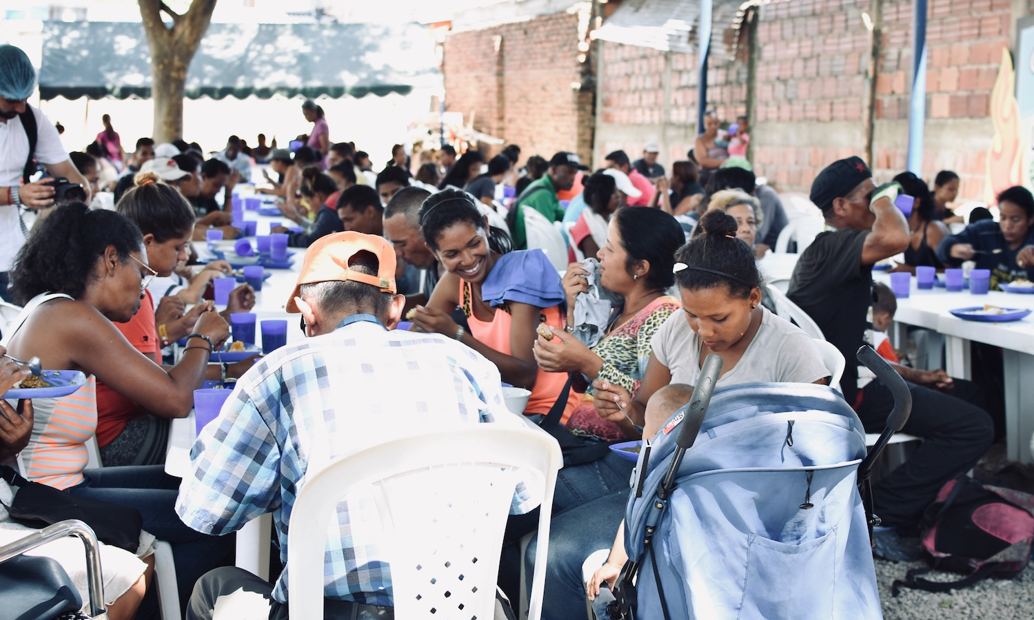 Feeding refugees and migrants is building a meaningful support system between Colombians and Venezuelans amidst the worst refugee crisis in the Americas.